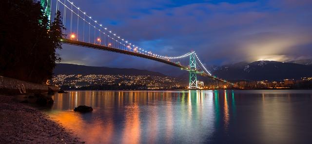Vancouver, BC -Lion's Gate Bridge