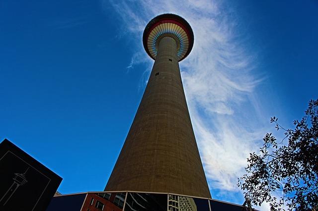 Calgary, Alberta 0 Calgary tower